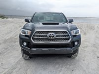 Picture of 2017 Toyota Tacoma Double Cab V6 LB TRD Sport 4WD, exterior, gallery_worthy