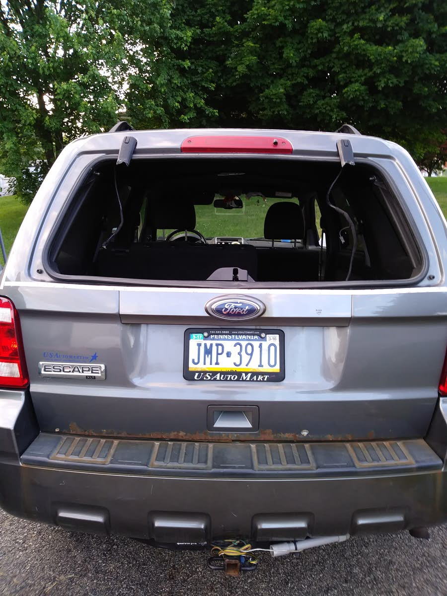 Ford Escape Questions  Ford Escape Lift Gate Hinges Rotted Off Cargurus