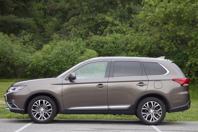 2018 Mitsubishi Outlander - Overview - CarGurus
