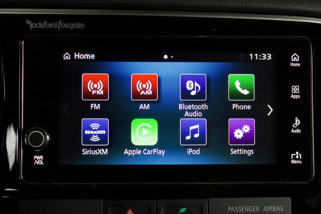 Infotainment screen of the 2018 Mitsubishi Outlander, gallery_worthy