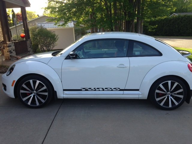 Picture of 2012 Volkswagen Beetle White Turbo