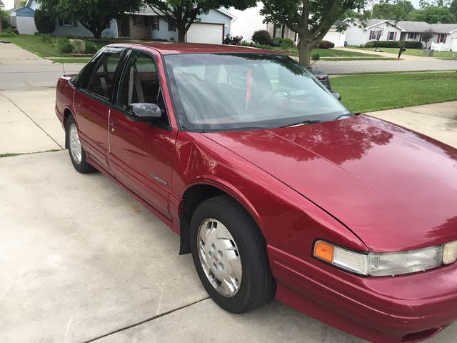 Picture of 1994 Oldsmobile Cutlass Supreme 4 Dr Special Edition Sedan