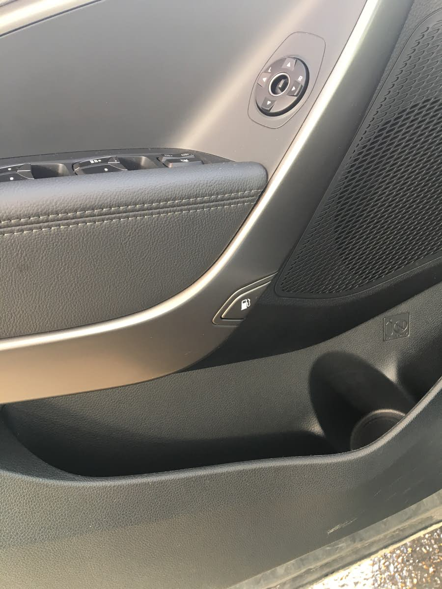 Hyundai Santa Fe Questions How Do I Open The Gas Tank Door Cargurus