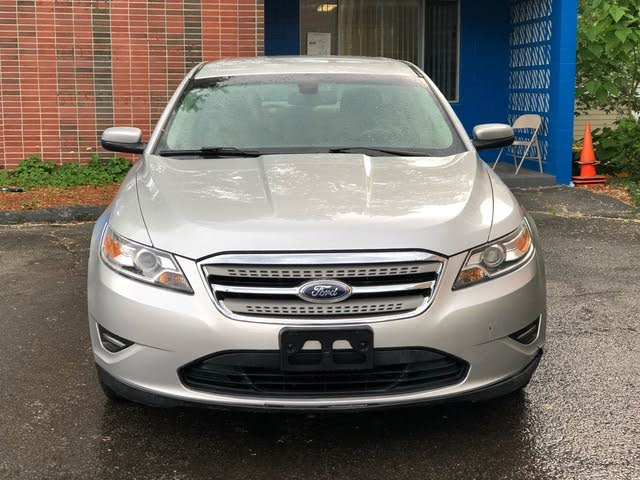 Picture of 2011 Ford Taurus SEL AWD