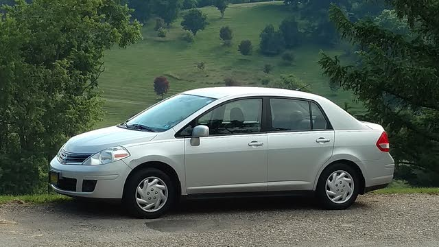 Picture of 2010 Nissan Versa 1.6 Base, exterior, gallery_worthy