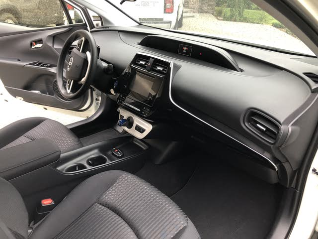 Picture of 2017 Toyota Prius Four, interior, gallery_worthy
