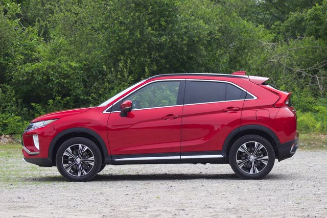 Side profile of the 2018 Mitsubishi Eclipse Cross, gallery_worthy