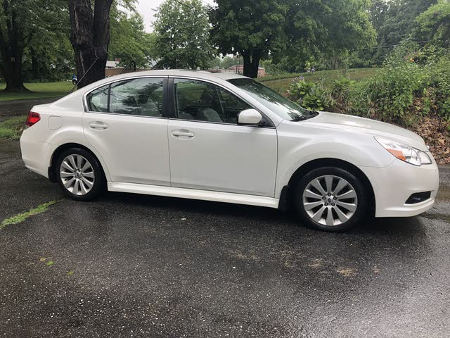 Foto de un 2012 Subaru Legacy 2.5i Limited