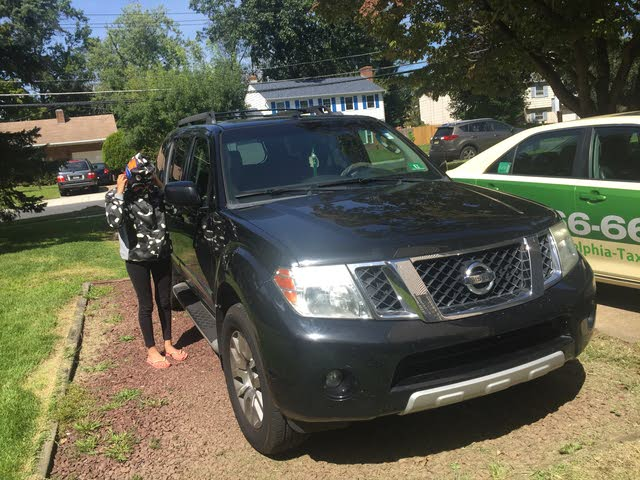 Picture of 2010 Nissan Pathfinder S