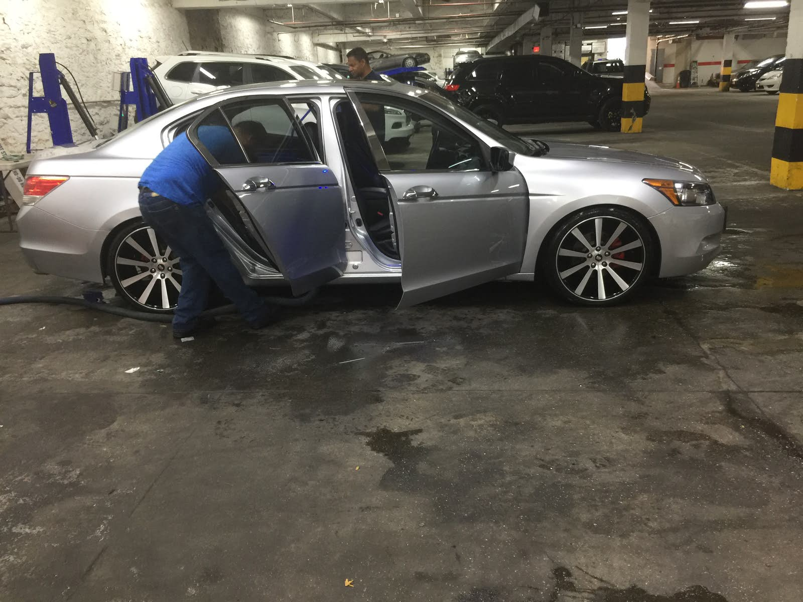 Drop.can Someone Tell Me,what The Set Of Tire And Rim Combo,to Have A  Perfect Fit With No Problem Dropping My Car More..thanks