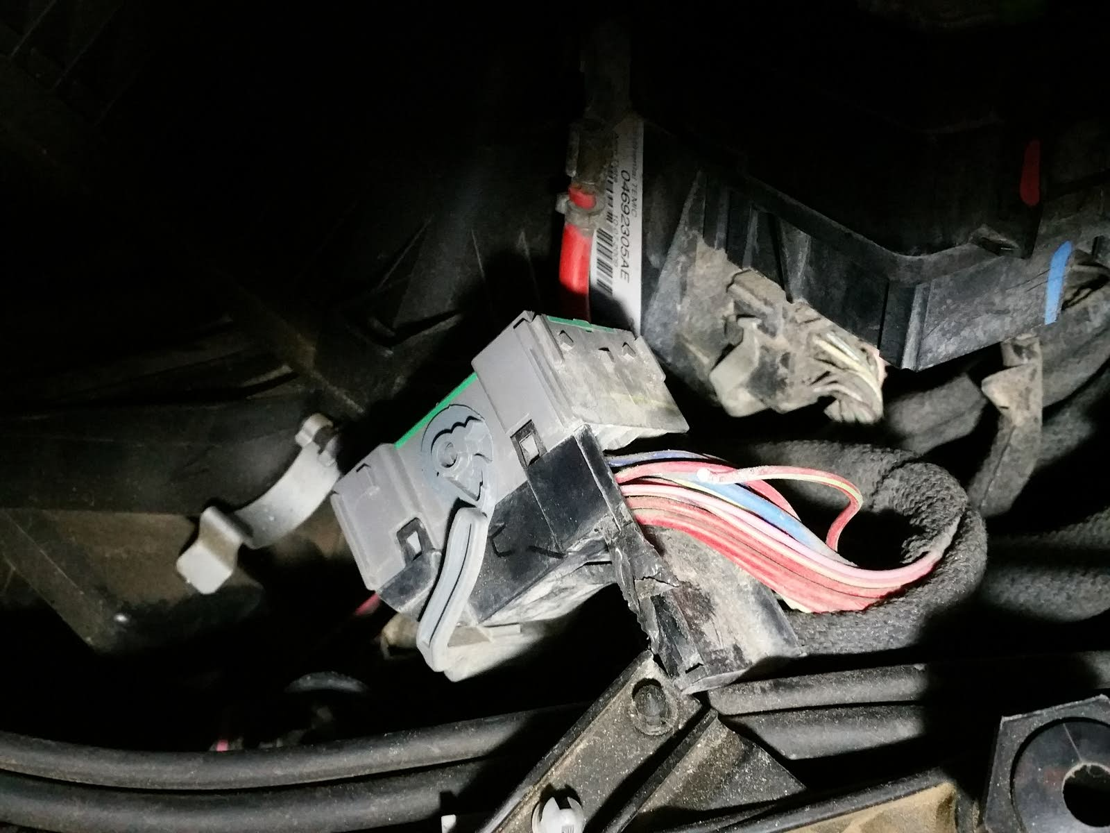 Dodge Journey Questions Loss Of Power On Drivers Side Window Honda Pilot Trailer Wiring Harness Melted If It Doesnt Light Check The Wire At Grey Connector Under Fuse Panel Box Hood