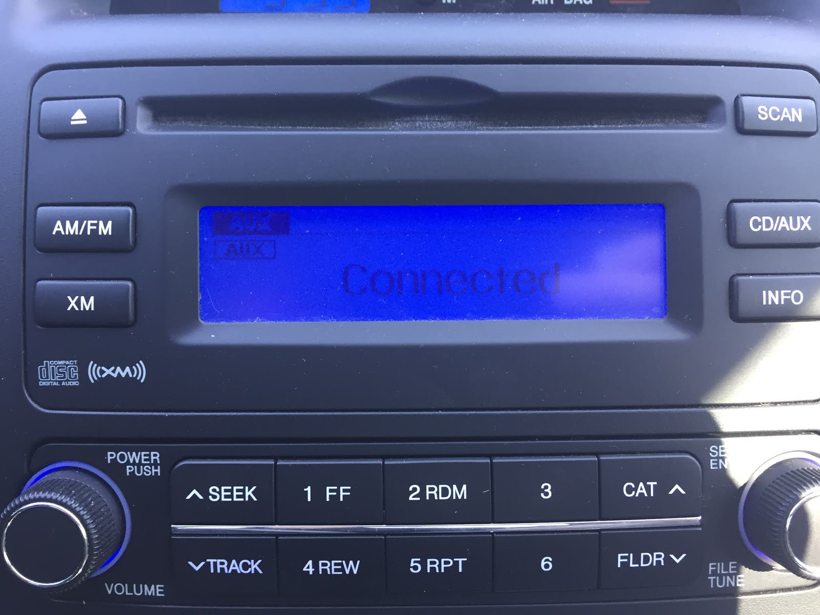 Hyundai Tucson Questions - Radio is on BUT NO SOUND 2013