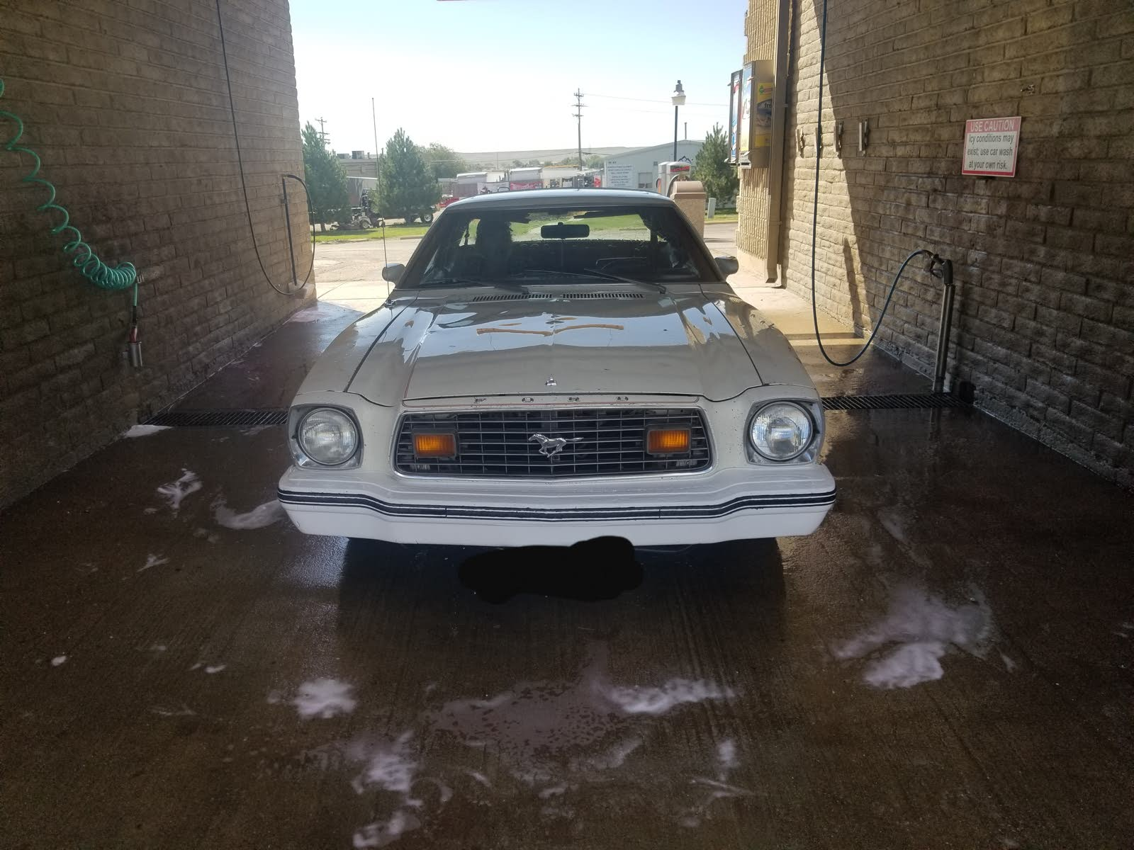 Ford Mustang II Questions - 76 mustang loses power while