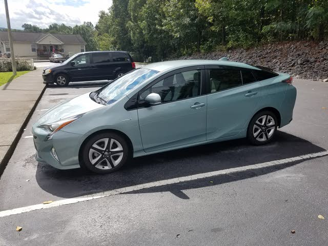 Picture of 2017 Toyota Prius Four Touring