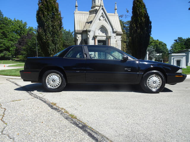 Picture of 1996 Buick Regal Custom Coupe FWD