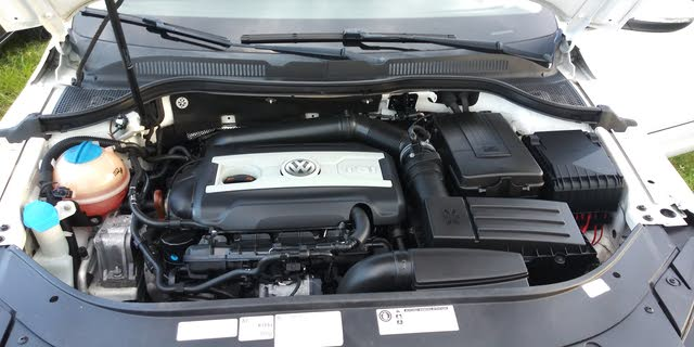 Picture of 2013 Volkswagen CC 2.0T Lux FWD, engine, gallery_worthy