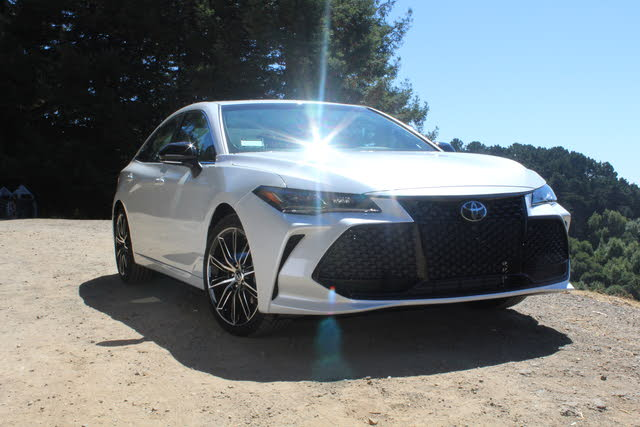 Picture of 2019 Toyota Avalon, exterior, gallery_worthy