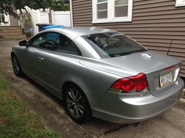 Picture of 2010 Volvo C70 T5