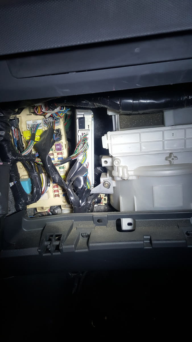Toyota Wish 2004 Fuse Box Detailed Wiring Diagrams Estima Questions Intirror Fusebox Locton For 2005 Belt Tensioner