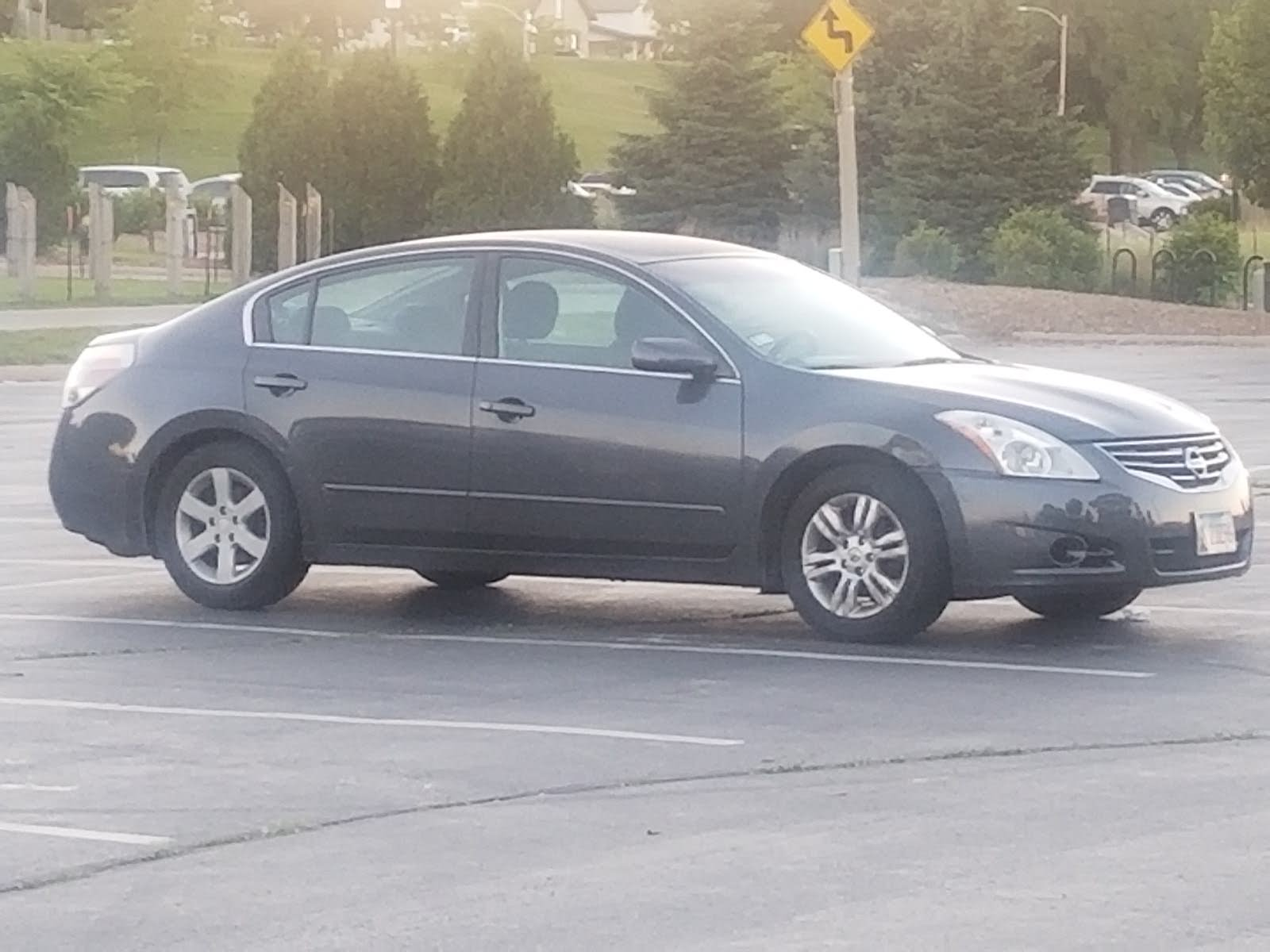 Cart Was Vibrating Very Hard You Felt The Vibrations. What Could Cause This  Transaction With My Nissan Altima 2010 2.5 SL 4 Door Car