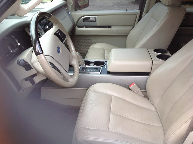 Picture Of  Ford Expedition El Limited Interior Gallery_worthy