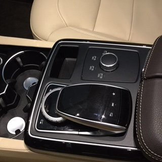 Picture of 2018 Mercedes-Benz GLE-Class GLE 350, interior, gallery_worthy