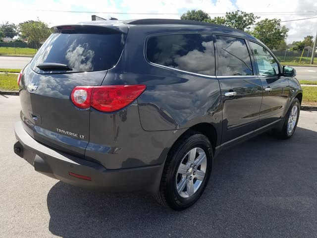 Picture of 2012 Chevrolet Traverse 2LT FWD