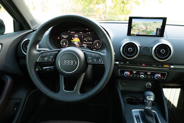 Picture of 2018 Audi A3 Sportback e-tron 1.4T Prestige FWD, interior, gallery_worthy