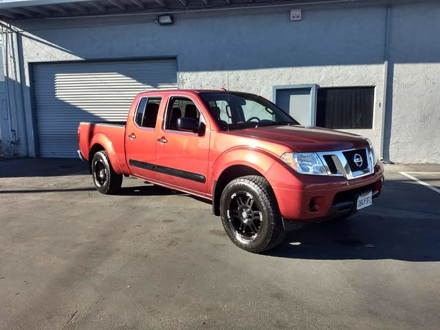 Picture of 2012 Nissan Frontier SV V6 Crew Cab LWB 4WD