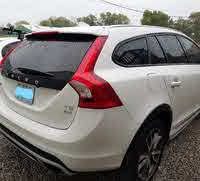 2017 Volvo V60 Picture Gallery