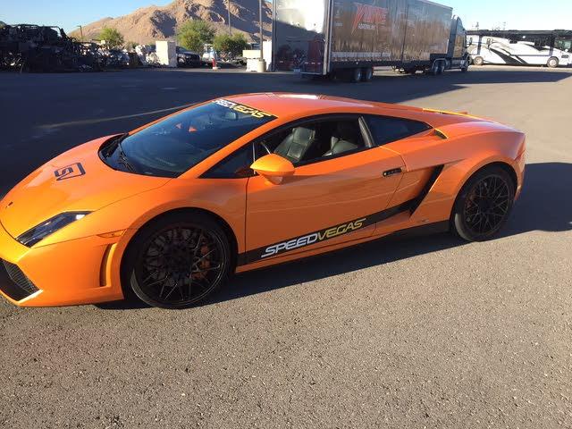 Foto de un 2013 Lamborghini Gallardo LP 550-2 Coupe RWD