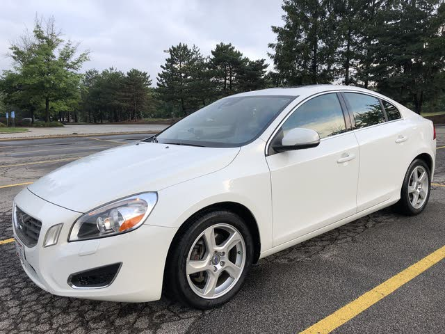 Picture of 2013 Volvo S60 T5 Platinum