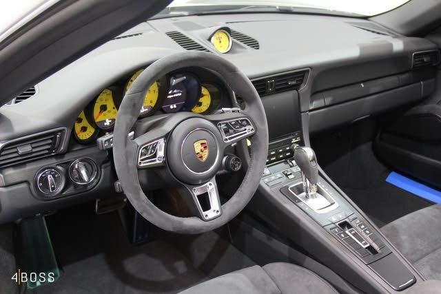 Picture of 2019 Porsche 911 Targa 4 Cabriolet AWD, interior, gallery_worthy
