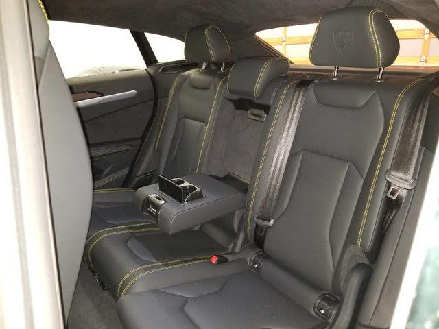 2019 Lamborghini Urus Interior Pictures Cargurus