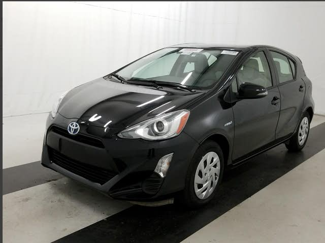 Picture of 2016 Toyota Prius c One, exterior, gallery_worthy