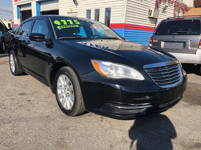 Picture of 2013 Chrysler 200