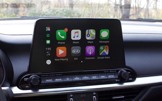 Apple CarPlay menu of the 2019 Kia Forte, gallery_worthy