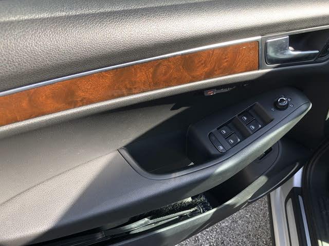 Picture of 2012 Audi Q5 3.2 quattro Prestige AWD, interior, gallery_worthy