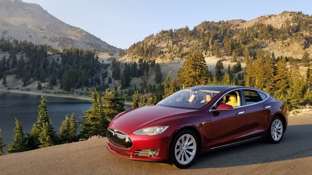 Picture of 2012 Tesla Model S Signature RWD