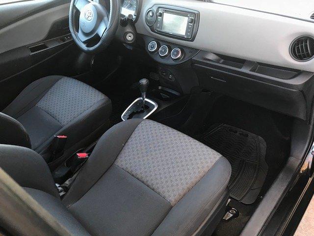 2015 Toyota Yaris Interior Pictures Cargurus