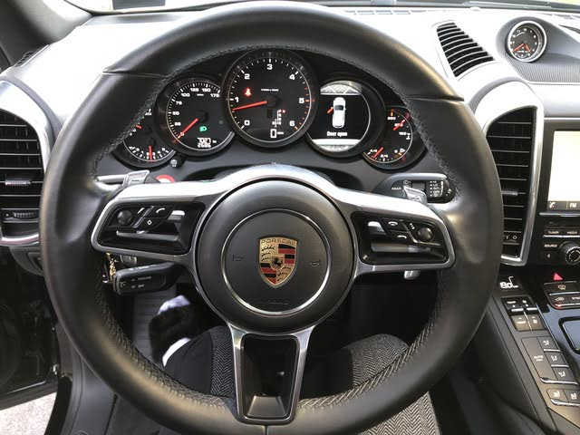 Picture of 2016 Porsche Cayenne Diesel AWD, interior, gallery_worthy
