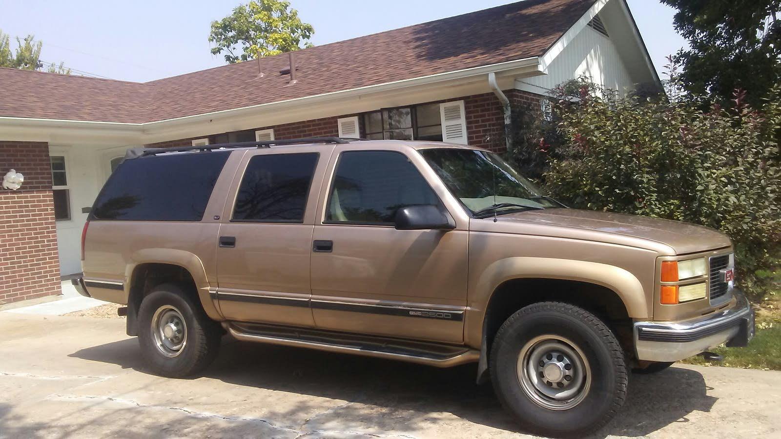 1993 chevy suburban weight