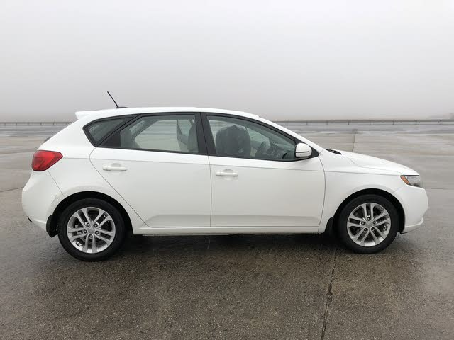Picture of 2012 Kia Forte5 EX