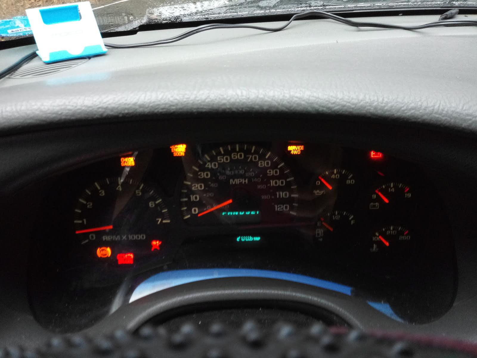 2004 trailblazer warning lights