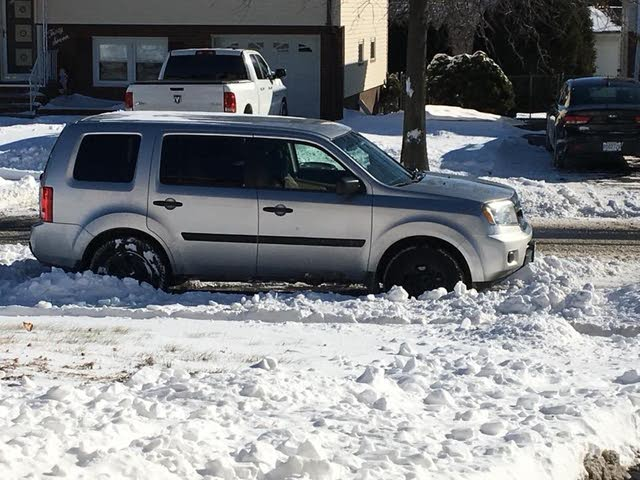 Picture of 2010 Honda Pilot LX 4WD