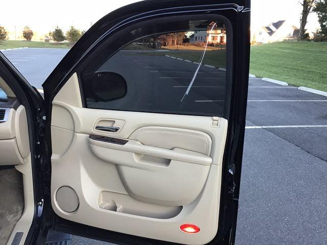 Picture of 2010 Cadillac Escalade Premium 4WD, interior, gallery_worthy