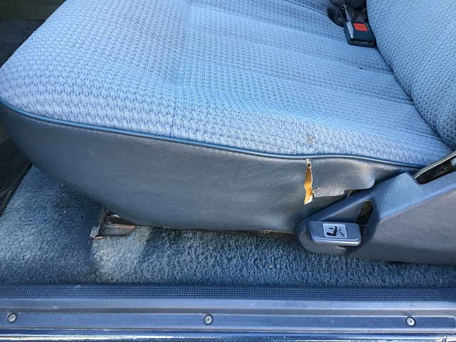 Picture of 1988 Toyota Pickup 2 Dr Deluxe 4WD Extended Cab SB, interior, gallery_worthy