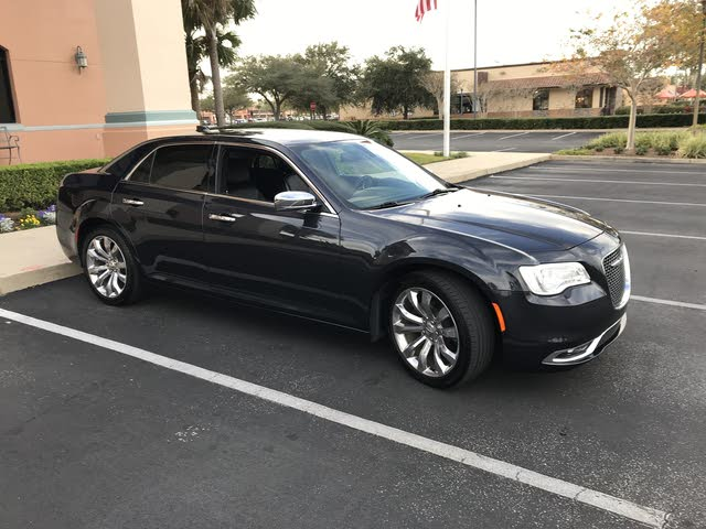 Picture of 2018 Chrysler 300 Limited RWD