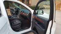 Picture of 2013 Jeep Grand Cherokee Limited, interior, gallery_worthy