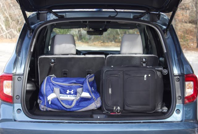 Rear cargo area of the 2019 Honda Pilot, gallery_worthy